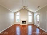 8669 Windsor Ridge Drive - Photo 13