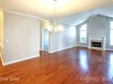 8669 Windsor Ridge Drive - Photo 10