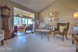 1 Governors Drive - Photo 21