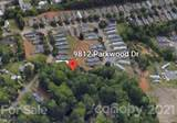 9812 Parkwood Drive - Photo 8