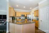 10216 Edgecliff Road - Photo 14