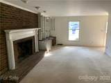 620 Flicker Street - Photo 3