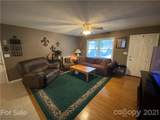 209 Shadowbrook Road - Photo 2
