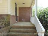 804 Lakeside Circle - Photo 2