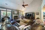 6714 Olmsford Drive - Photo 10