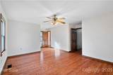 821 Bell Farm Road - Photo 16
