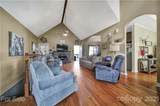 2830 Point Drive - Photo 45