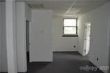 211 Walnut Street - Photo 10
