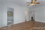 20 Greenwood Forest Drive - Photo 19