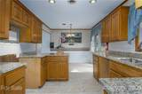 20 Greenwood Forest Drive - Photo 4
