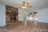 20 Greenwood Forest Drive - Photo 7