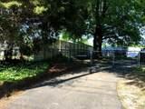 833 Ridge Avenue - Photo 18
