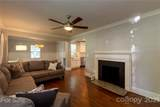 1008 Lunsford Place - Photo 7