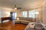 1008 Lunsford Place - Photo 10