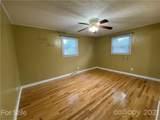 3585 Redcliff Drive - Photo 17