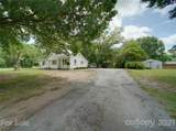 1109 Griffith Road - Photo 2