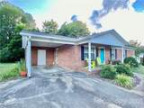 1402 Crestview Drive - Photo 3
