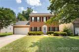 10016 Highlands Crossing Drive - Photo 1
