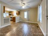 1607 Russell Courtney Road - Photo 5