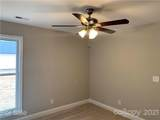 803 New Castle Court - Photo 18