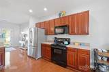 11267 Heritage Green Drive - Photo 10