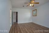 20 Greenwood Forest Drive - Photo 22