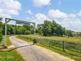 105 Justin Trail - Photo 2