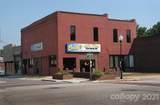 318 Salisbury Avenue - Photo 1