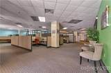 300 Ridgefield Court - Photo 5