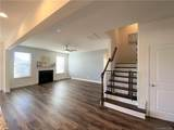 2033 Folkstone Lane - Photo 7