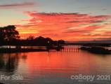 7425 Mariner Cove Drive - Photo 2