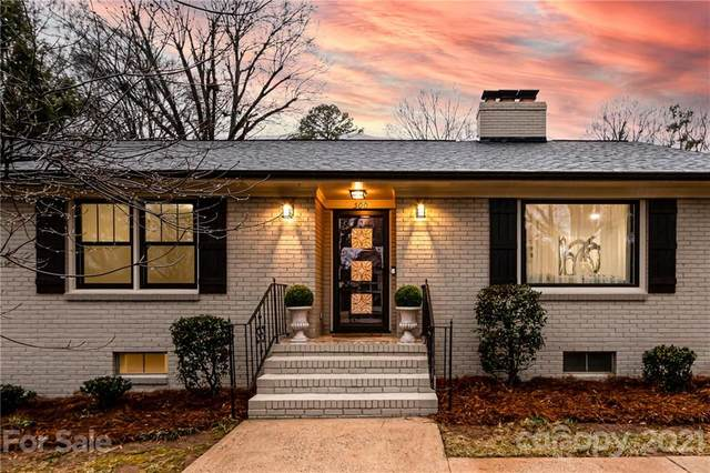 500 Lansdowne Road, Charlotte, NC 28270 (#3706792) :: Stephen Cooley Real Estate Group