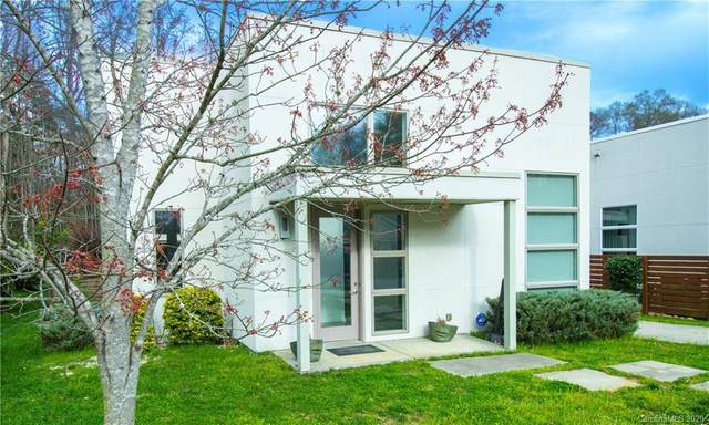 4547 Craig Avenue, Charlotte, NC 28211 (#3525369) :: MartinGroup Properties