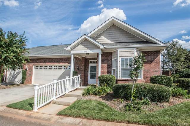 1002 The Glen Street, Statesville, NC 28677 (#3556329) :: LePage Johnson Realty Group, LLC