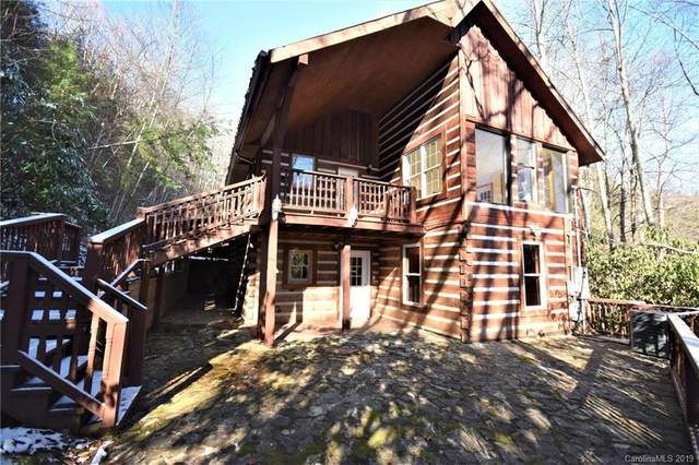 805 Country Club Drive, Maggie Valley, NC 28751 (#3575714) :: Johnson Property Group - Keller Williams