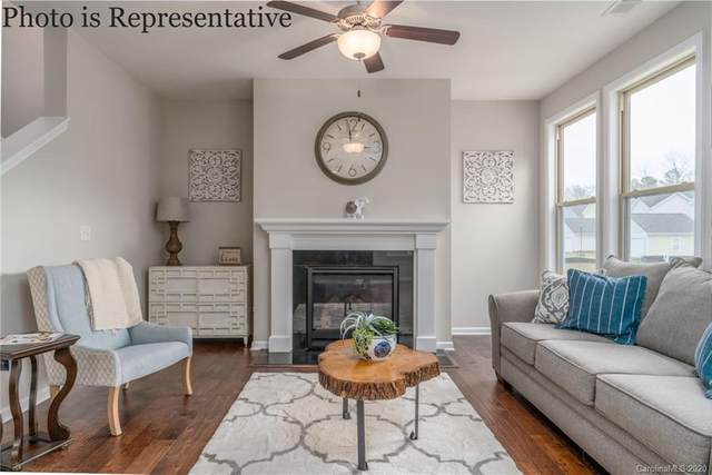 13429 Copley Square Drive, Huntersville, NC 28078 (#3583357) :: MartinGroup Properties