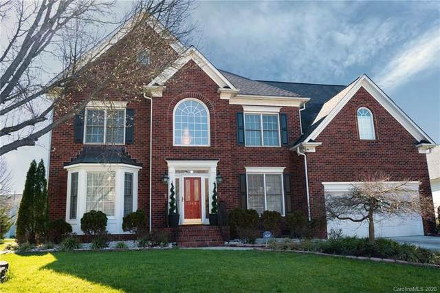 12414 Oakbriar Lane, Charlotte, NC 28273 (#3584384) :: Besecker Homes Team
