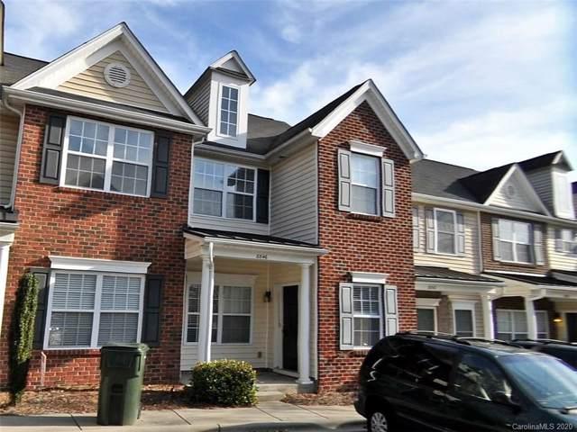 8846 Wandering Creek Way, Charlotte, NC 28227 (#3585510) :: Charlotte Home Experts