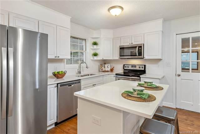 3006 Freida Lane, Gastonia, NC 28054 (#3588410) :: Charlotte Home Experts