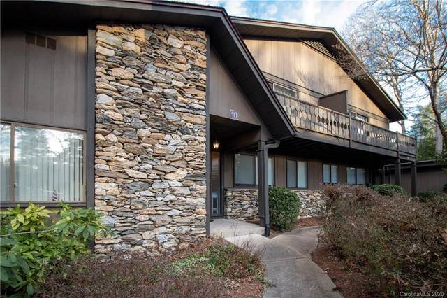 88 Laurelwood Circle W, Hendersonville, NC 28791 (#3589953) :: Puma & Associates Realty Inc.