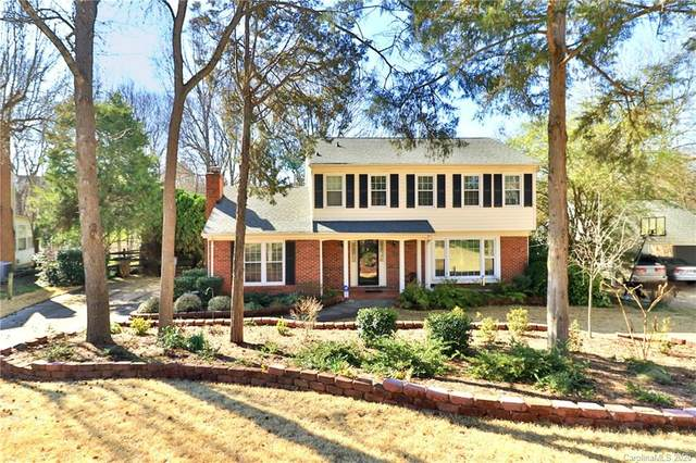 5117 Macandrew Drive, Charlotte, NC 28226 (#3591649) :: Keller Williams South Park