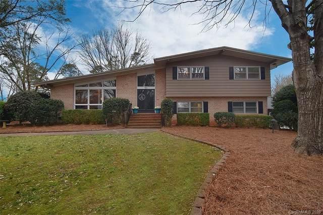 822 Lansdowne Road, Charlotte, NC 28270 (#3592053) :: Mossy Oak Properties Land and Luxury