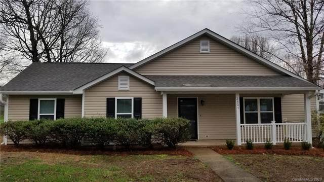 3831 Rosedown Drive, Matthews, NC 28105 (#3592153) :: High Performance Real Estate Advisors
