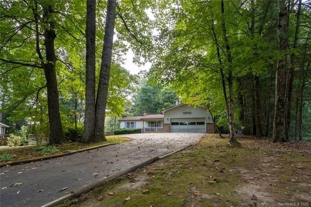 218 Navaho Drive, Hendersonville, NC 28739 (#3592167) :: Carlyle Properties