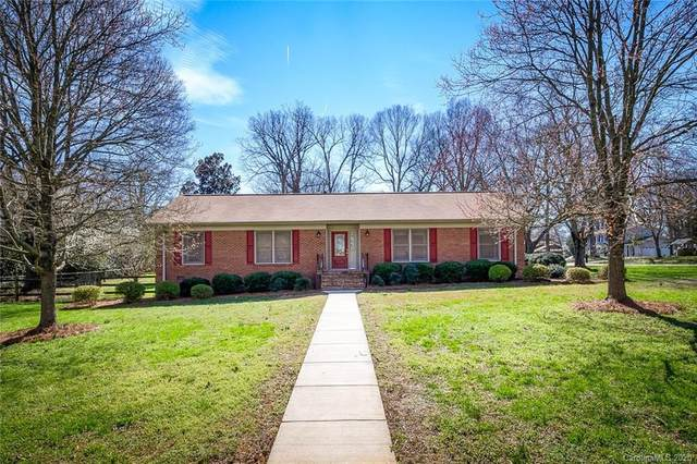 4408 Bob White Court, Charlotte, NC 28213 (#3592394) :: The Premier Team at RE/MAX Executive Realty