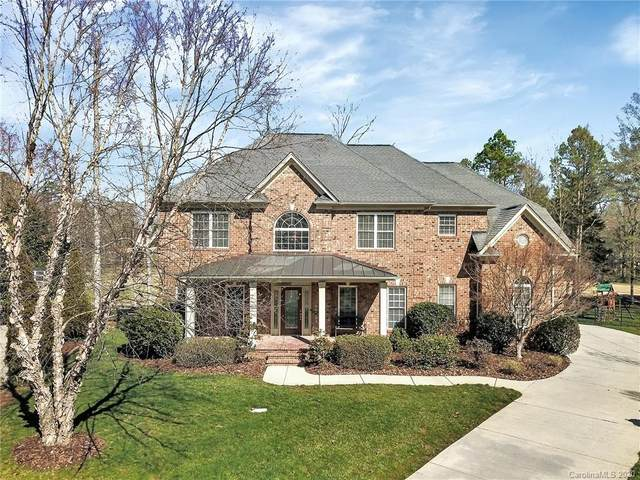 2621 Albatross Lane, Matthews, NC 28104 (#3592502) :: The Premier Team at RE/MAX Executive Realty