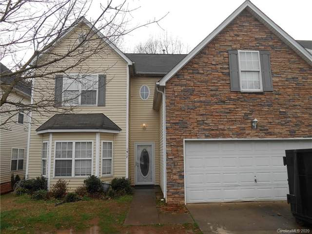 1917 Aberglen Drive #25, Charlotte, NC 28262 (#3592732) :: LePage Johnson Realty Group, LLC