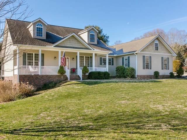 5 S Tupelo Drive, Horse Shoe, NC 28742 (#3592891) :: Carlyle Properties