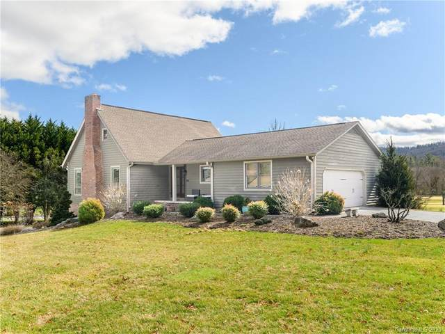 762 Crooked Creek Road, Hendersonville, NC 28739 (#3593221) :: Keller Williams Professionals