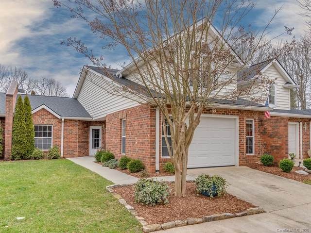 44 Lake Pointe Circle, Hendersonville, NC 28792 (#3593635) :: Carolina Real Estate Experts